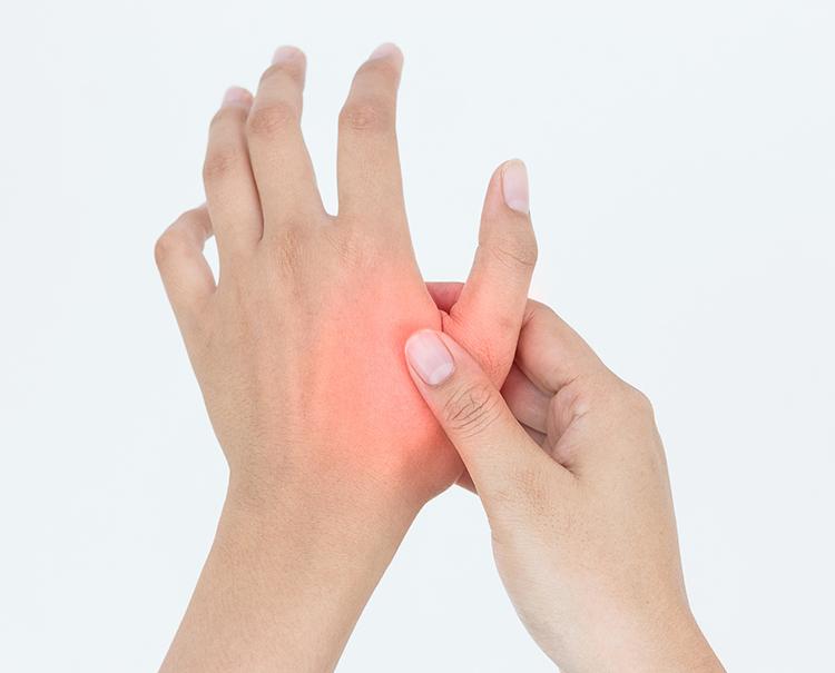 Arthrose Finger: Schmerzhafte Fingergelenke